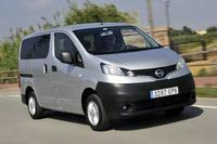 Nissan nv200 van year