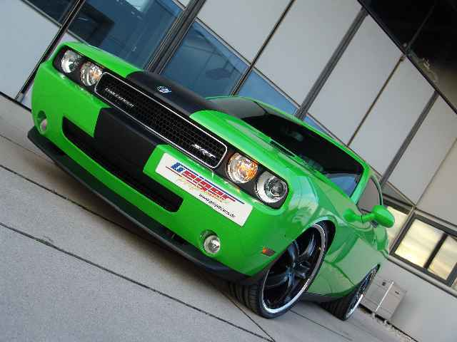 Dodge challenger srt8 3