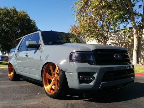 Drei spezielle versionen des ford expedition sema 001