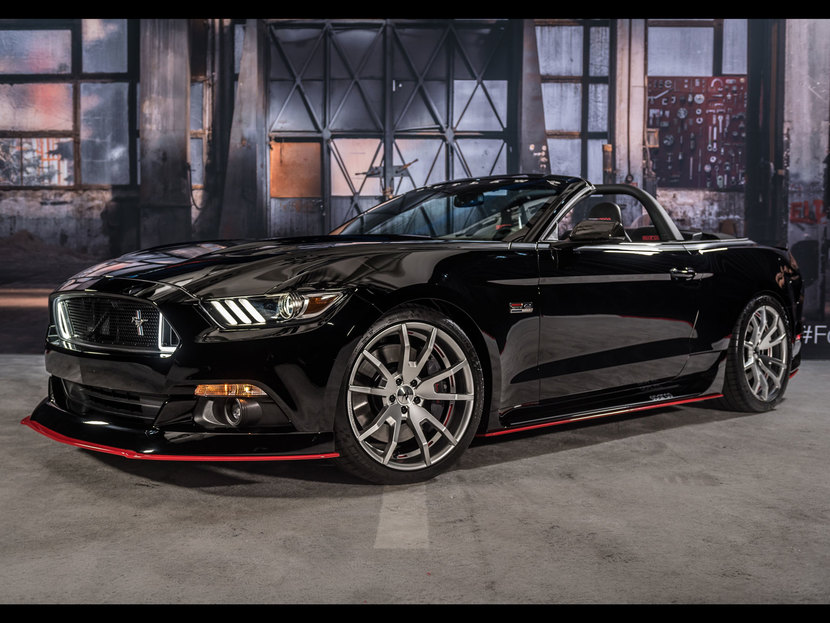Ford Mustang Sparco