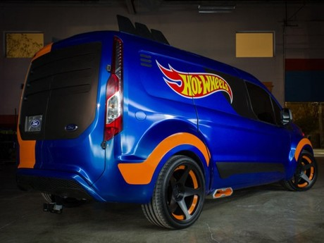 Sema 2013 ford transit connect by hot wheels 002