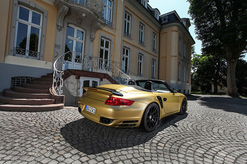 porsche 997 turbo cabrio mit 840 ps auto. Black Bedroom Furniture Sets. Home Design Ideas