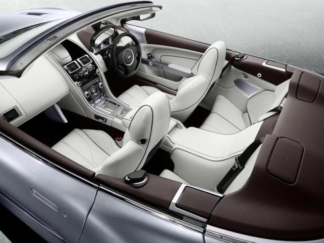Genf 2011 Aston Martin Virage Und Virage Volante Auto Motor At