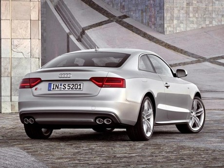 Facelift fuer audi a5 s5 027