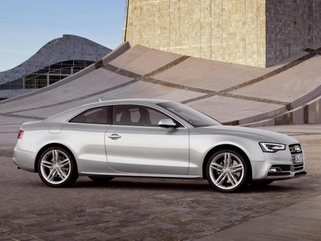 Facelift fuer audi a5 s5 028