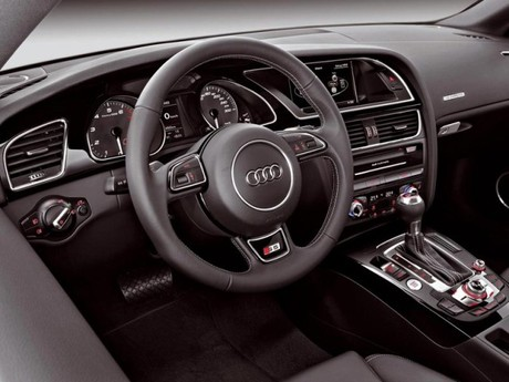 Facelift fuer audi a5 s5 029
