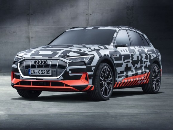 Audi zeigt e-tron Prototyp in Genf
