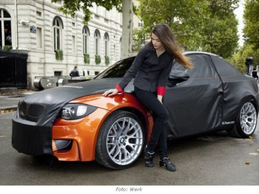 bmw 1er m coup erste fotos aus paris auto. Black Bedroom Furniture Sets. Home Design Ideas
