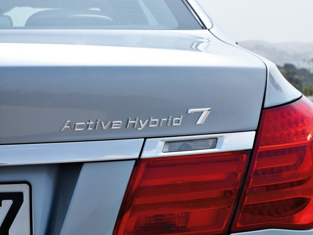 Bmw activehybrid 7 3