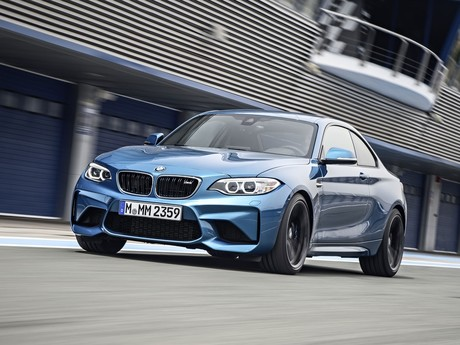 Premiere fuer bmw m2 coupe 001