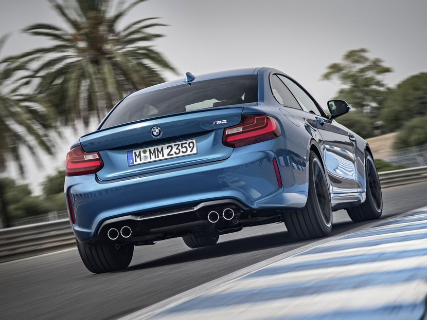 Premiere fuer bmw m2 coupe 002