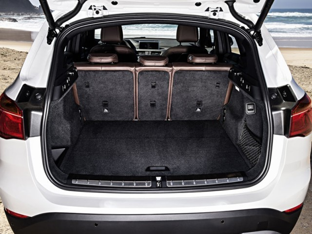 foto premiere fuer neuen bmw x1 vom artikel premiere der neue bmw x1 auto. Black Bedroom Furniture Sets. Home Design Ideas