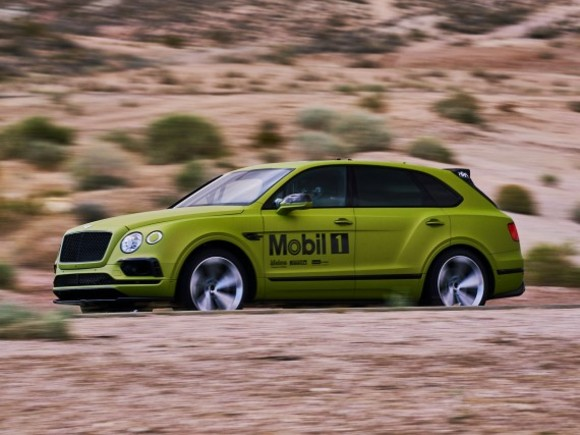 Bentley Bentayga startet in Pikes Peak