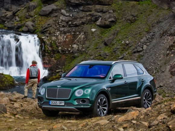 Neu: BENTLEY BENTAYGA FLY FISHING BY MULLINER