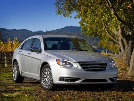 Premiere in L.A.: Chrysler 200