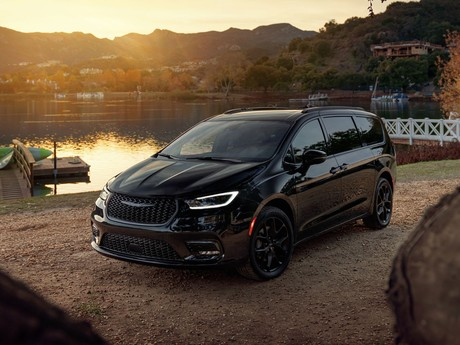 Facelift fuer chrysler pacifica 005