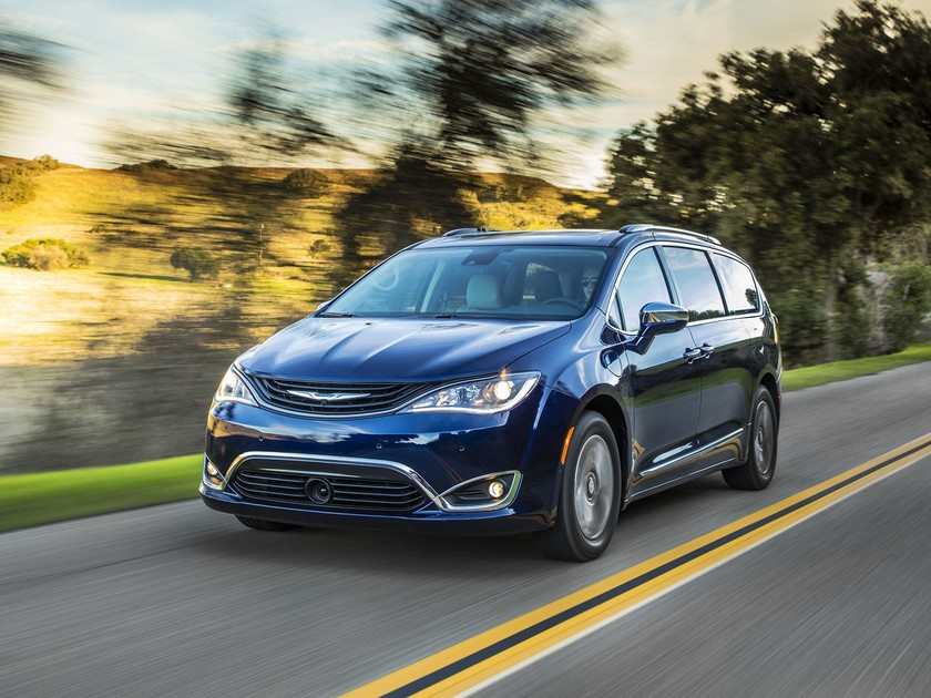Premiere fuer chrysler pacifica hybrid 001