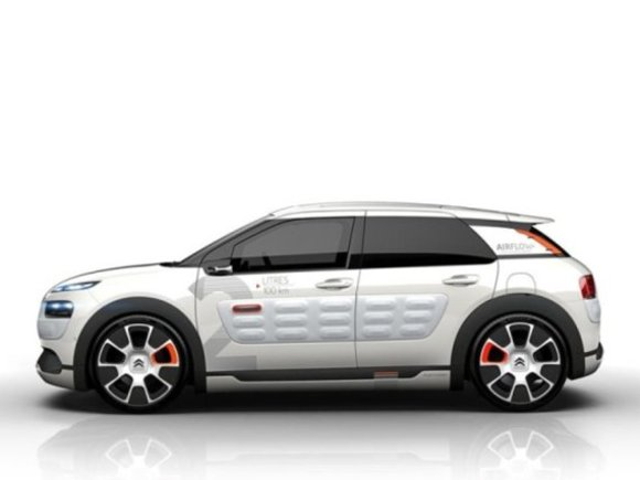 Premiere in Paris: Citroen C4 Cactus Airflow 2L