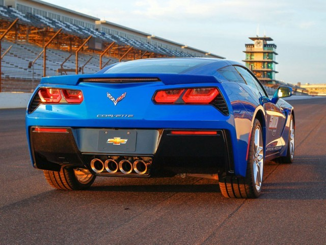 Neue corvette stingray als pace car 002