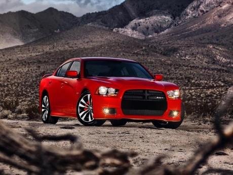 Neu dodge charger srt8 001