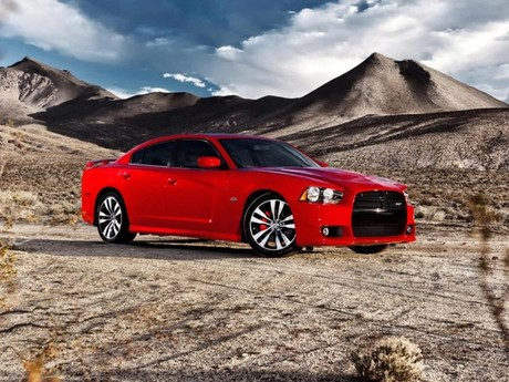 Neu dodge charger srt8 008
