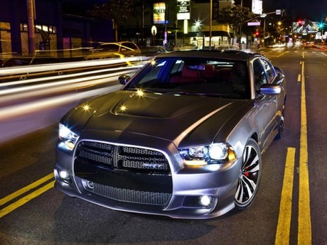 Neu dodge charger srt8 009