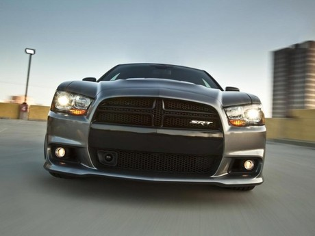 Neu dodge charger srt8 012