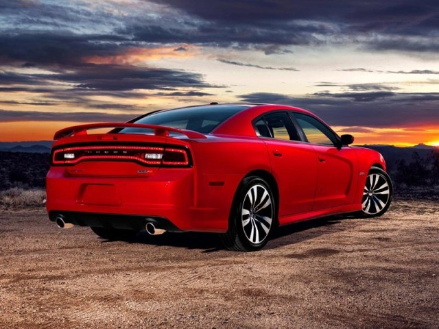 Neu dodge charger srt8 016