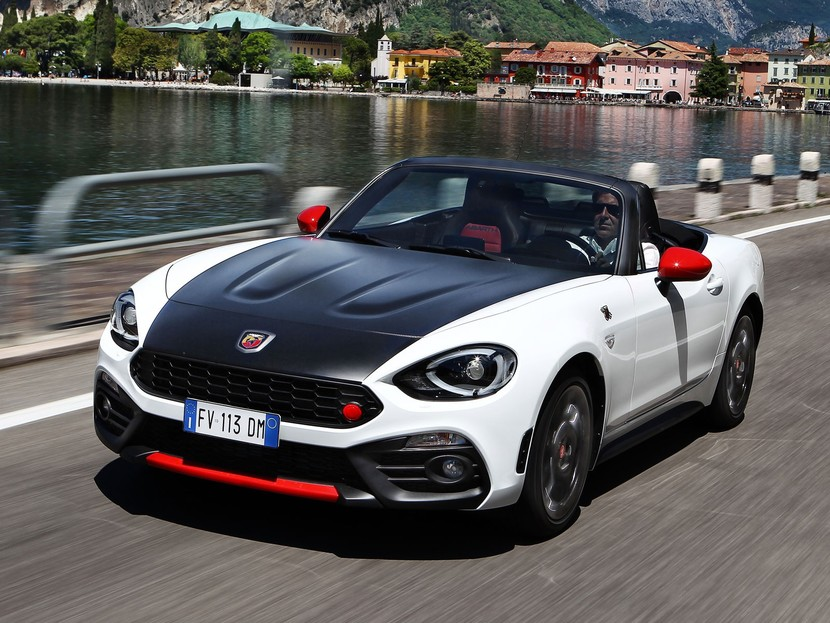 fahrbericht abarth 595 und 124 spider auto. Black Bedroom Furniture Sets. Home Design Ideas