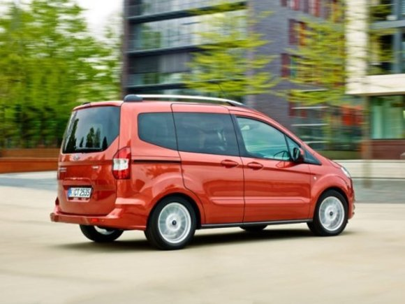 Ford Tourneo Courier Modell 2014