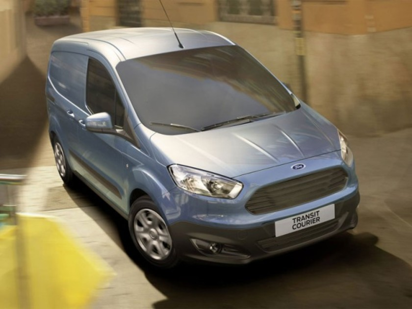 Neu ford transit courier 001