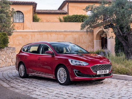 Neuer ford focus startet september 004
