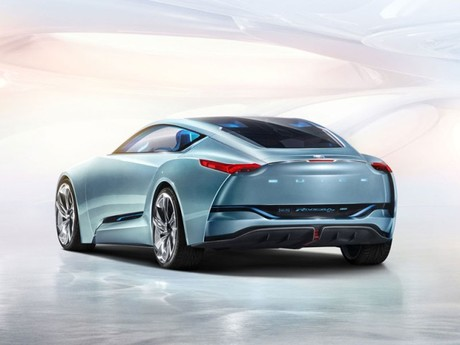 Buick zeigt riviera concept car 002