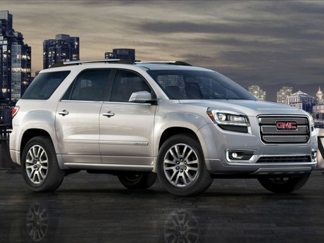 Grosses facelift fuer gmc acadia 004