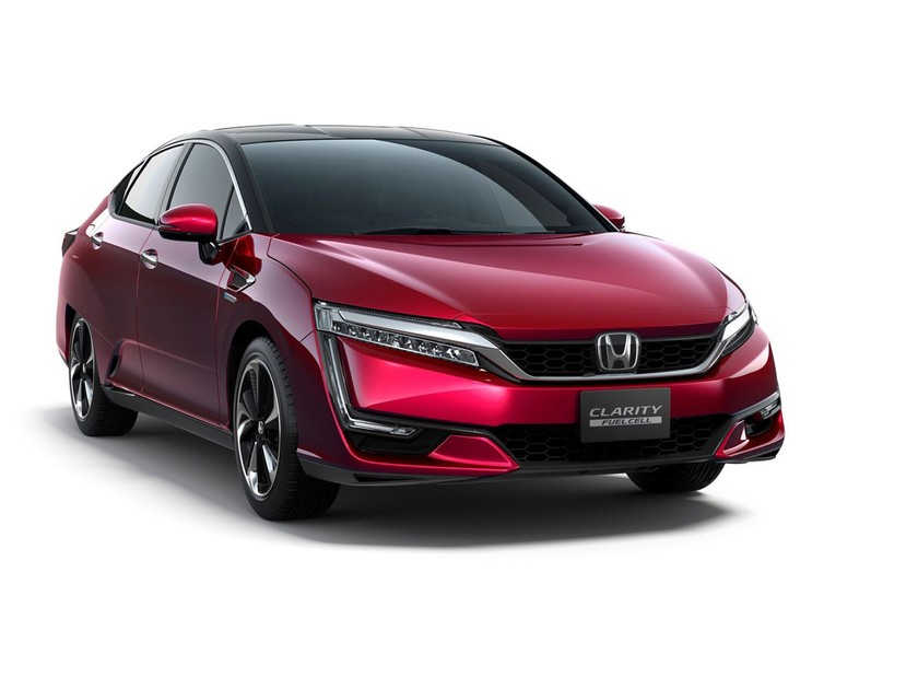 Honda clarity fuel cell startet japan 001
