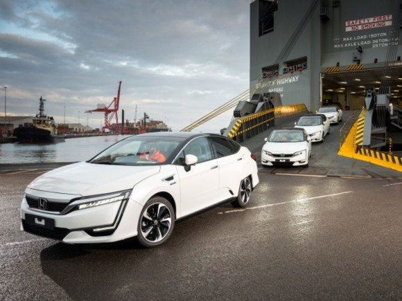 Honda Clarity Fuel Cell in Europa eingetroffen