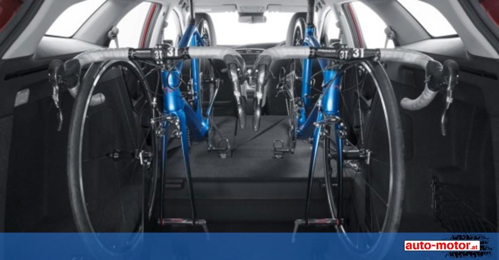 honda in car fahrradtr ger f r den civic tourer auto. Black Bedroom Furniture Sets. Home Design Ideas