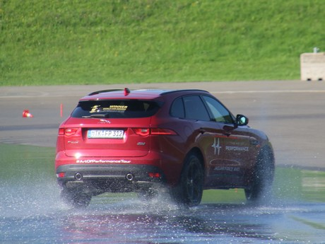 Jaguar land rover track day 004