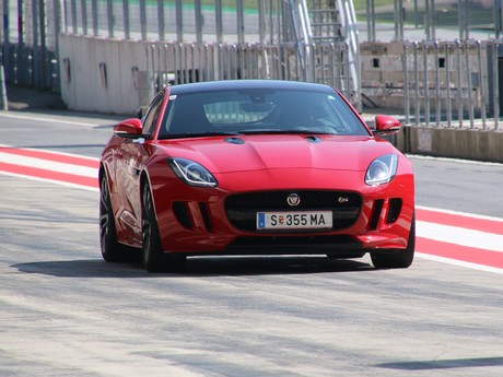 Jaguar land rover track day 008