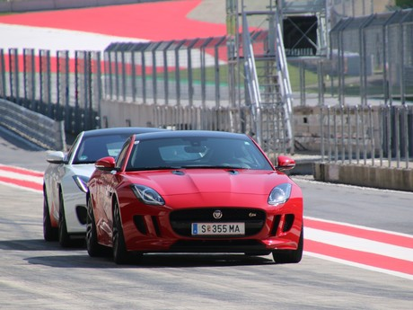 Jaguar land rover track day 009