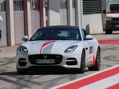 Jaguar land rover track day 011