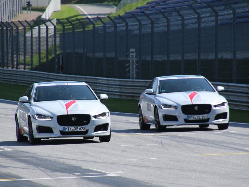 Jaguar land rover track day 023