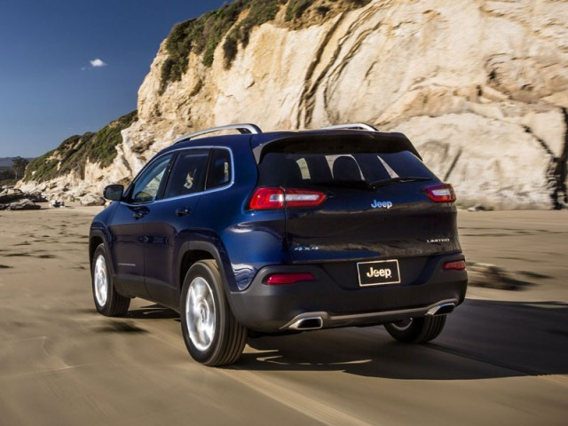 New york 2013 premiere fuer jeep cherokee 014