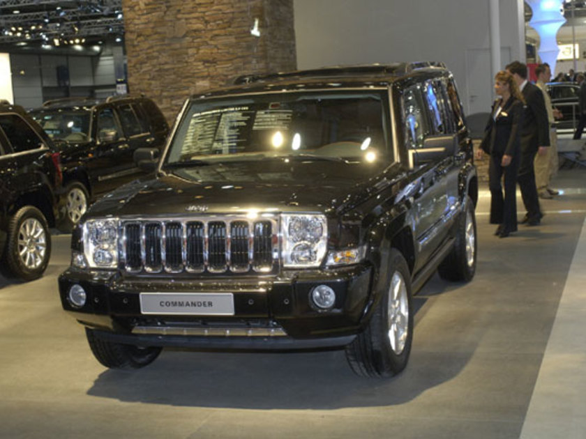 Jeep commander vorne