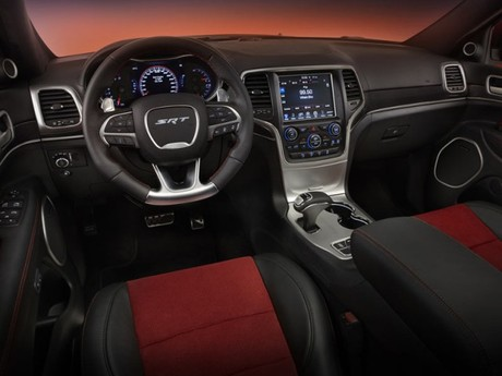 Sondermodell jeep grand cherokee srt red vapor 002