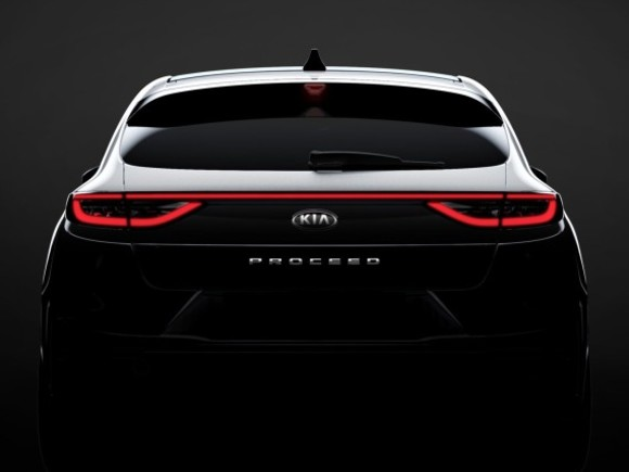 Kia Proceed feiert in Paris Premiere