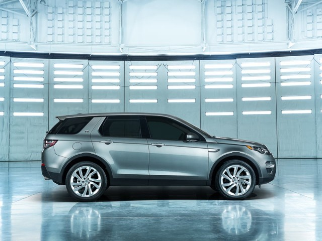 Premiere fuer land rover discovery sport 003
