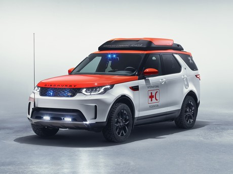 Land rover discovery project hero fuer rote kreuz 001