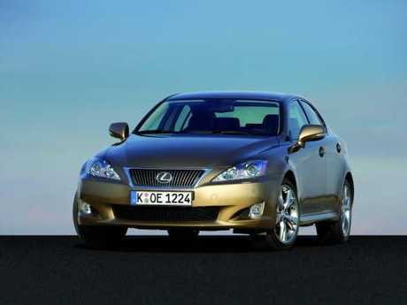 Lexus is 2009 2