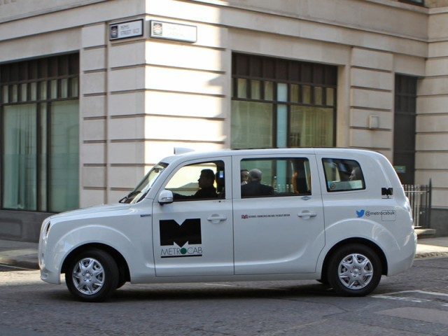 Neues metrocab taxi fuer london 004